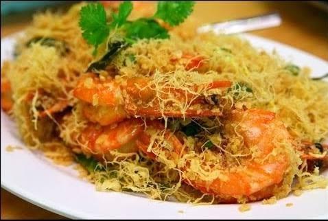 Malaysian Butter Prawns 蛋丝奶油虾
